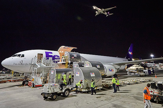 Fedex air transporting - Logistics of Healthcare Amidst Global Uncertainties